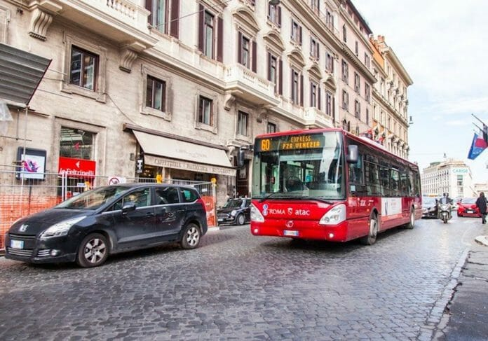 ローマのバス