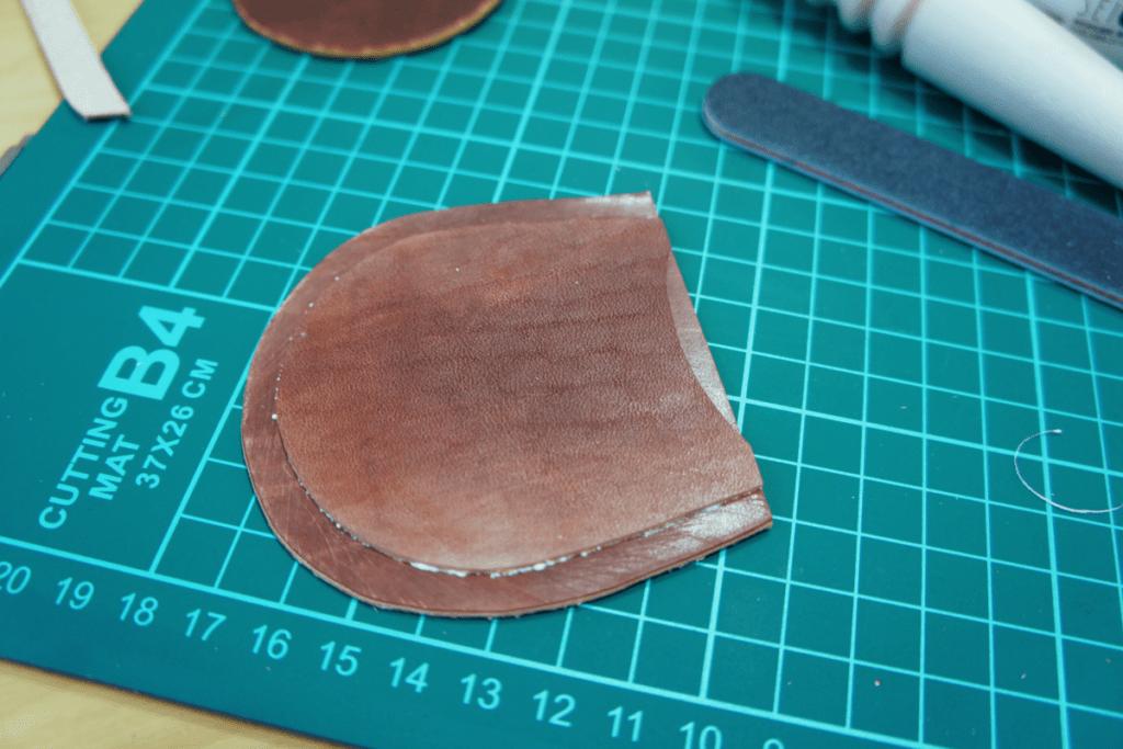 馬蹄型コインケース作り方1