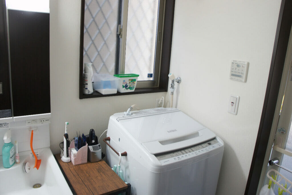 洗濯機交換後の洗面所の状況