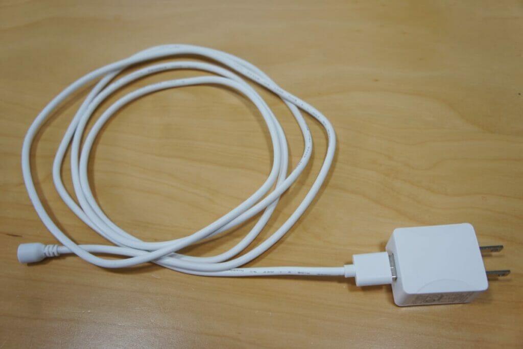 無印良品 超音波アロマディフューザーの電源ケーブル